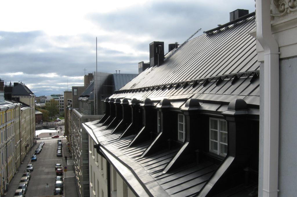 Katuse ehitus: plekk-katus