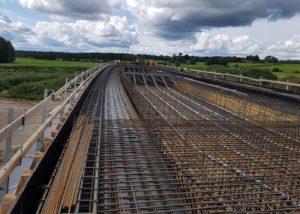 Tallinna-Tartu maantee Ardu-Võõbu teelõigu Mustla viadukti armatuur ja raketis. Foto: GRK Infra AS