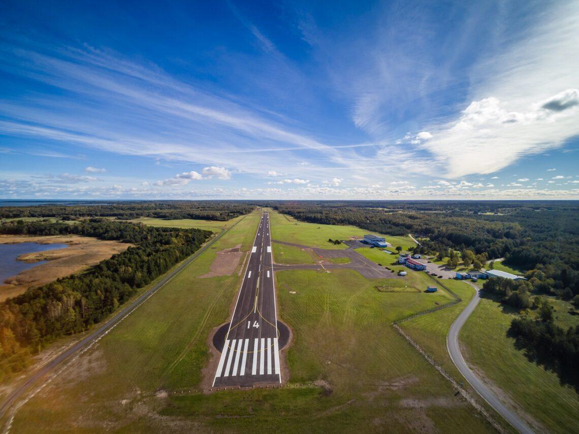 Kärdla lennuvälja liiklusala. Foto: Roadplan OÜ
