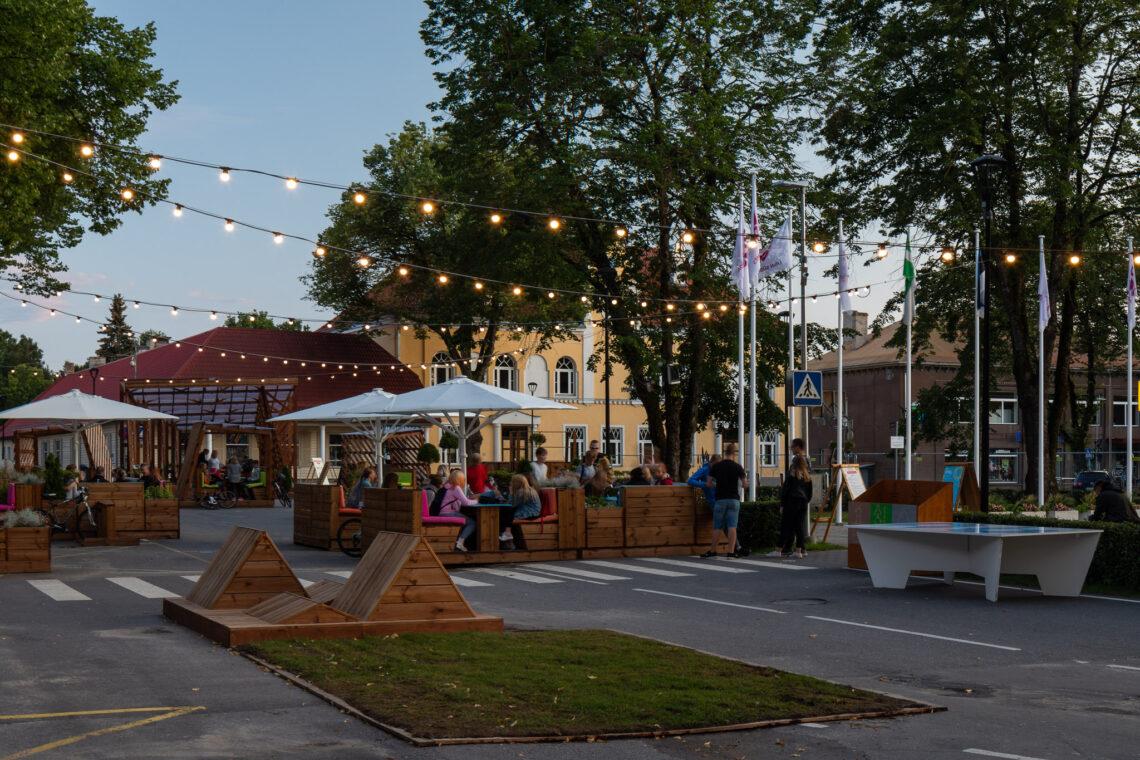 Eesti Maastikuarhitektide Liidu aastapreemia 2019 nominent, Paide keskväljak. Foto: Maris Tomba