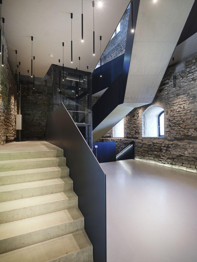 Aasta betoonehitis 2020 nominendid. Narva linnuse konvendihoone rekonstrueerimine, Peterburi mnt 2, Narva. Foto: Betooniühing