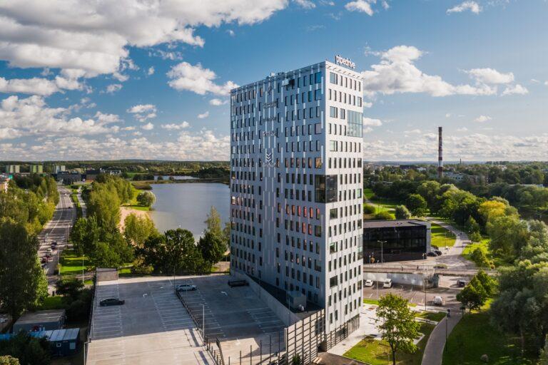 Aasta betoonehitis 2020 nominendid. Emajõe büroohoone, Paju 2, Tartu. Foto: Betooniühing