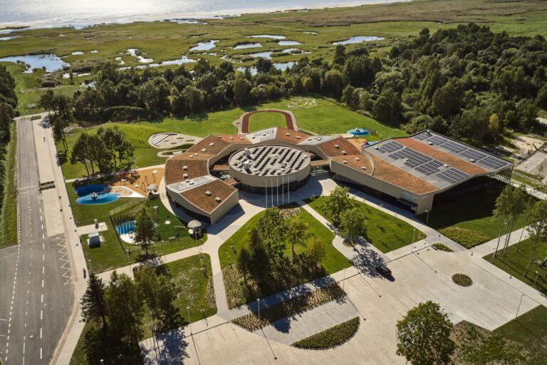 Aasta betoonehitis 2020 nominendid. Lasteaed-ujula, Raja 7, Pärnu. Foto: Tõnu Tunnel