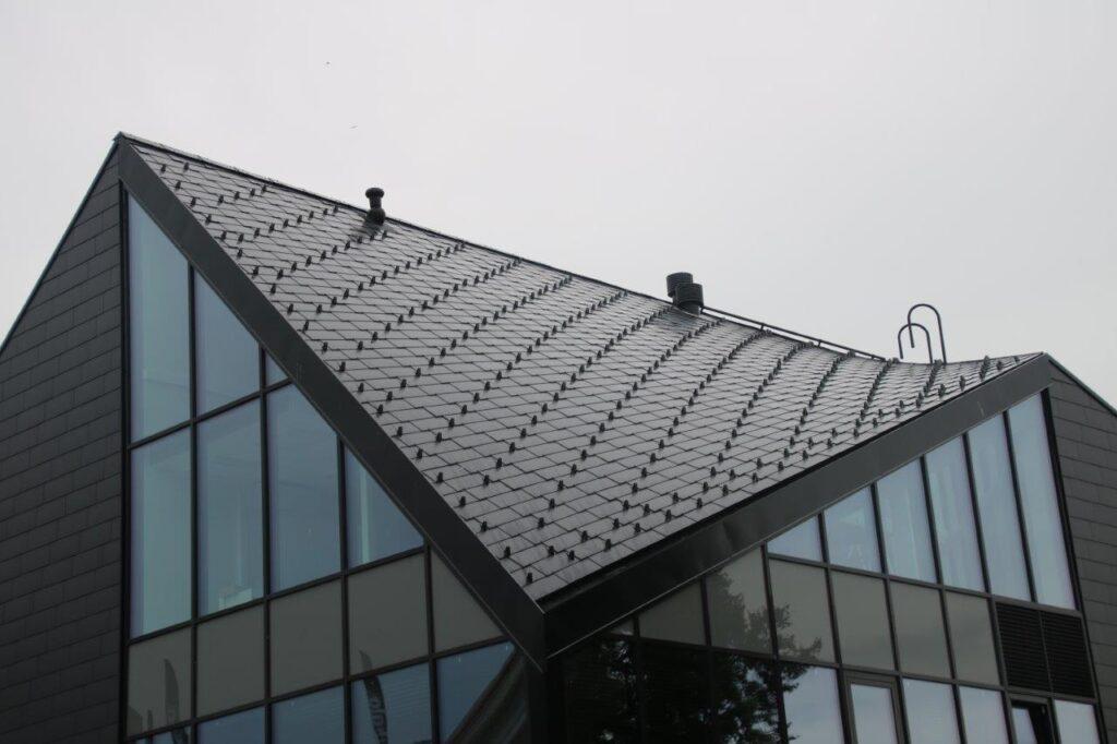 Büroohoone Viljandis (ehitaja Kuldstar KS OÜ)