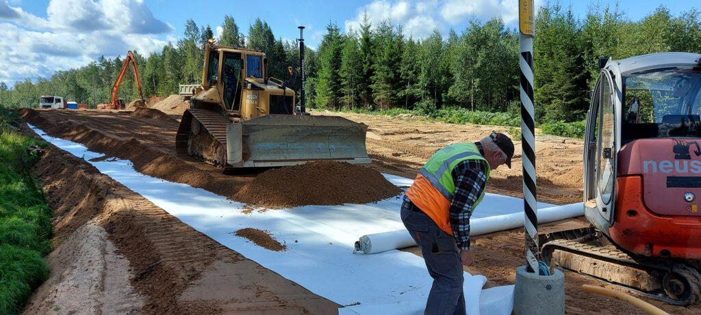 Tänaseks on ehitustööd täies ulatuses käimas esimese etapi piiriehitusel. Foto: Allar Maaring, GRK Infra AS-i projektijuht