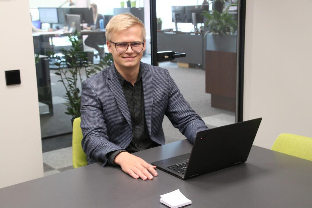 Tallinna Ehitustrusti juhatuse liige müügi ja ettevalmistuse alal Eerik Staškevitš.  Foto: Ants Vill